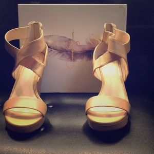 Jessica Simpson wedges heels size 9